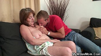 Cheating Latina Wife while hubby at work